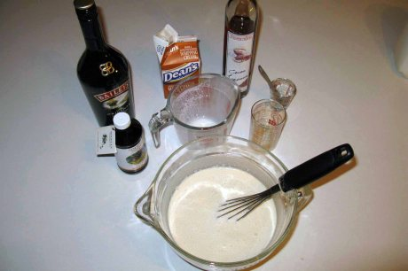 whisky ice cream with Baileys and cocoa liqueur